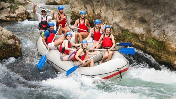 Budget travelling Croatia - Rafting
