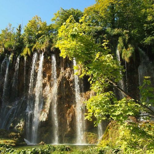 Plitvice lakes group tour from Split